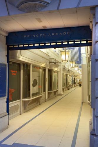 Princes Arcade 28_1_16 055